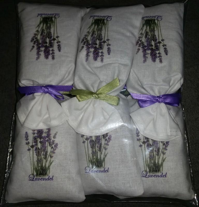 lauri lavendels ckchen aus kroatien. Black Bedroom Furniture Sets. Home Design Ideas